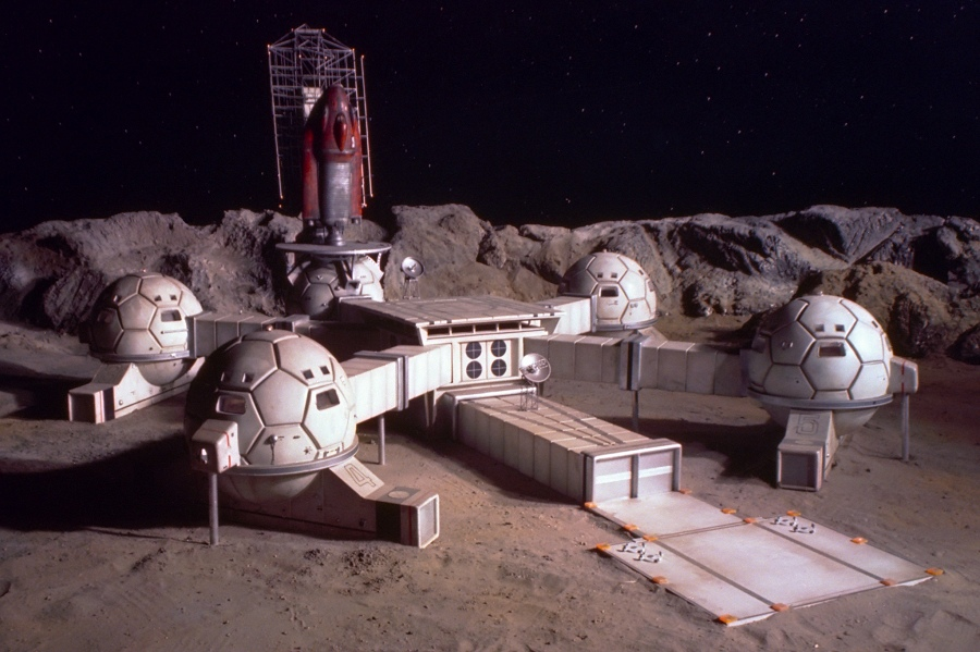 Gerry Anderson's UFO TV series moonbase